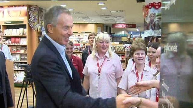 Tony Blair - Greeted Eason staff