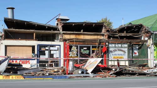 Christchurch - Schools, shops and businesses remain closed