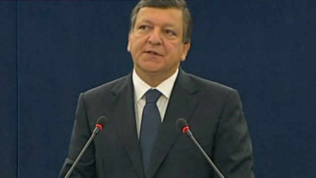 European Commission President Jose Manuel Barroso has issued a warning about the consequences of political instability in Italy