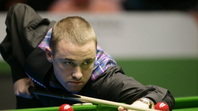 Stephen Hendry got a great reception from his hometown supporters