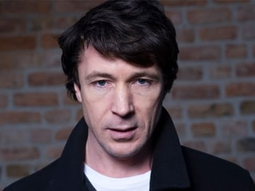 LOVE HATE - John Boy (Aidan Gillen)