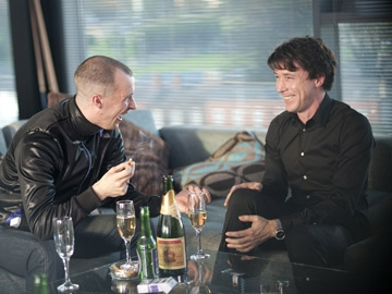 Nidge (Tom Vaughan-Lawlor) with John Boy (Aidan Gillen)