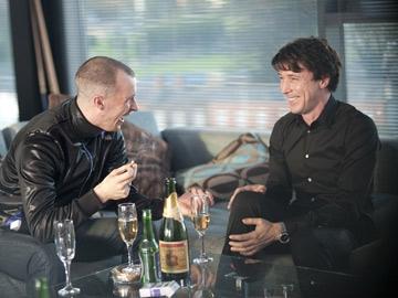 Nidge (Tom Vaughan-Lawlor) with John Boy (Aidan Gillen)