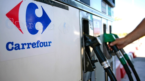 Cheaper fuel prices pulls euro zone inflation down to 0.7% in October