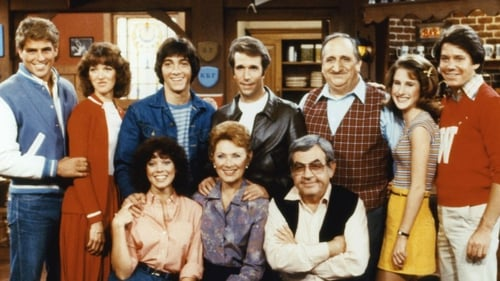 Erin Moran (front left) starred as Joanie Cunningham in the famed sitcom