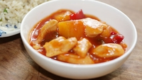 Sweet and Sour Chicken - A tasty yet healthy dish from Rozanne Stephens.