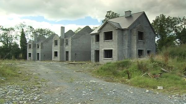 Ghost Estates - 33,000 vacant homes around the country