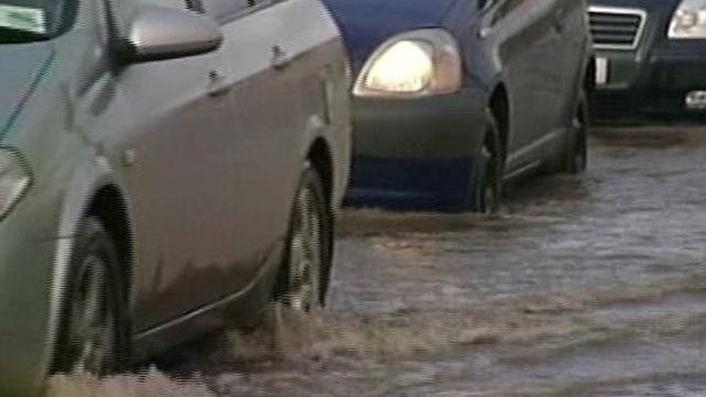Roads - Motorists warned of surface water