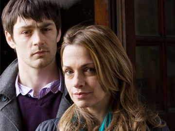 Single-Handed 4: Brian Doyle (Matthew McNulty) and Gemma (Simone Lahbib)