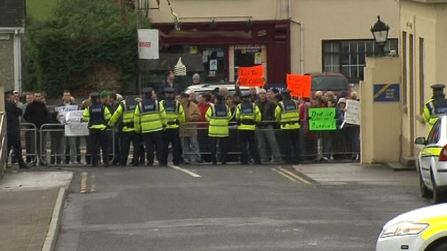 Nenagh - Protest over 'ongoing downgrading of the hospital'