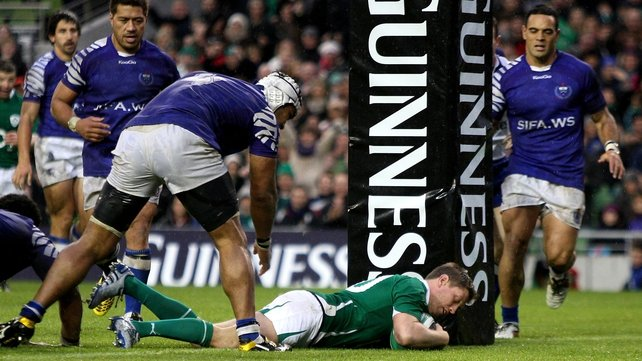 Ronan O'Gara crosses the whitewash for Ireland's second try on 65 minutes