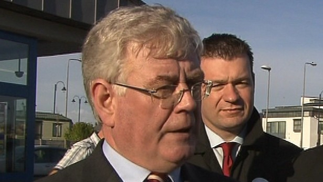 Eamon Gilmore - Preference for dissolution of the Dáil today