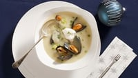 Potato, Leek and Mussel Soup - Serve with sour cream and fresh chives.