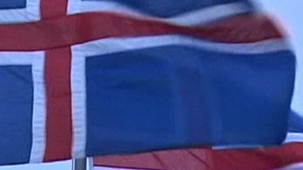 Iceland - To vote on the €3.9bn loan