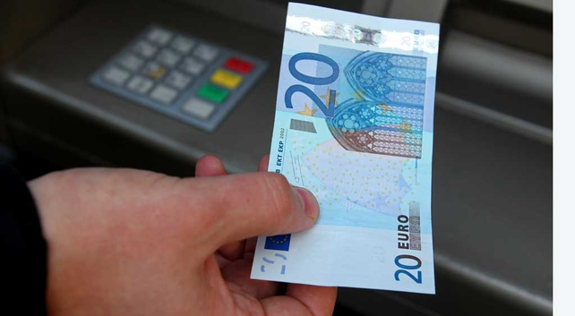 Working adults' disposable income has increased by €20 in the past year