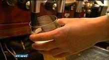One News: 1,500 fewer pub licences last year