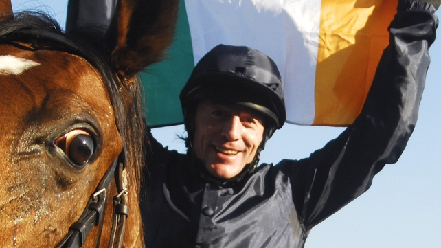 Kieren Fallon will partner Little Mike in Dubai