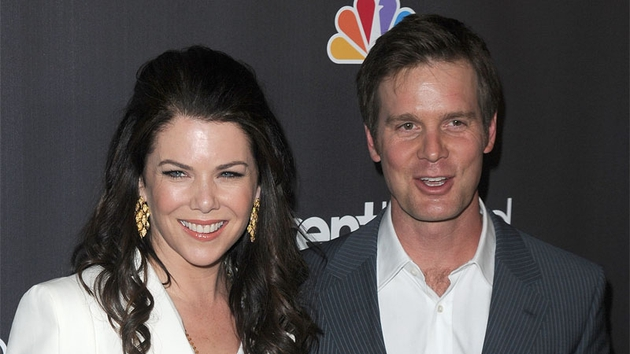Lauren Graham and Peter Krause from Parenthood