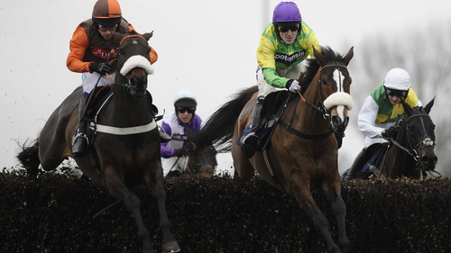 Long Run and his patrician rider Sam Waley-Cohen (left) silenced their detractors at Kempton