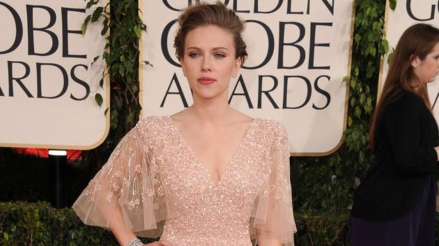 Johansson at the 2011 Golden Globe Awards