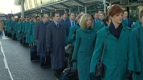 Aer Lingus - Cabin crew say they are availbale for work