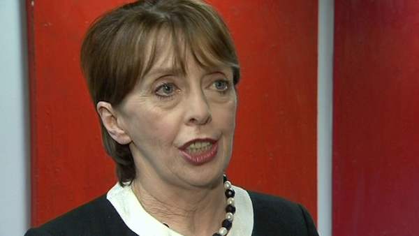 Roisin Shortall said the link between sport and alcohol promotion needs to be broken