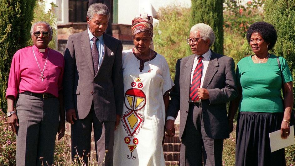 Archbishop Desmond Tutu, Nelson Mandela, Winnie Mandela, Walter Sisulu (ANC Sec Gen & former Robben Island inmate) Albertina Sisulu on 12 February 1990