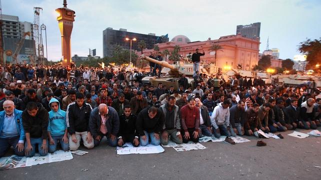 Cairo - Crowds refusing to leave until Hosni Mubarak steps down