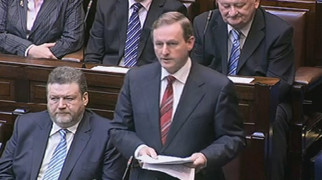 Enda Kenny - Pays tribute to Cowen but brands Govt the worst in living memory
