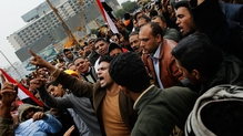 Six One News: Egyptian govt issues martial law warning