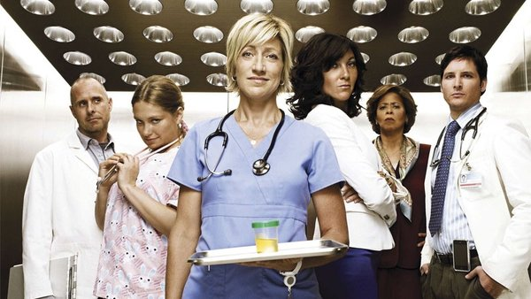Nurse Jackie - coming back for season six