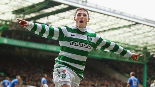 Gary Hooper's goal saw Celtic home against Motherwell