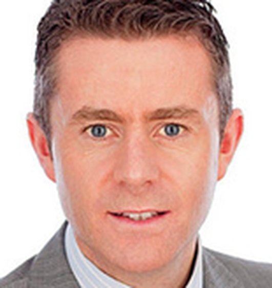 An Seanadóir Brian Ó Domhnaill.
