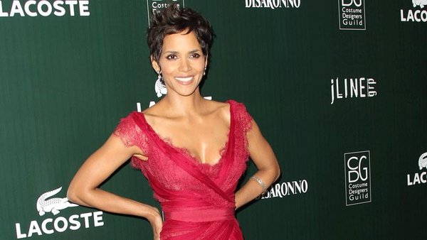 Halle Berry sustained a minor head injury during filming