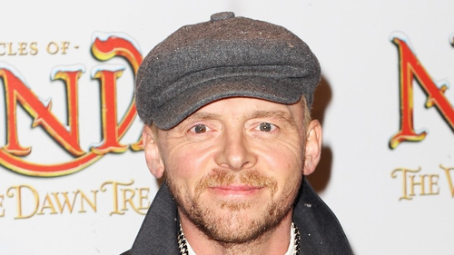 Simon Pegg would love to star alongside Mulder and Scully