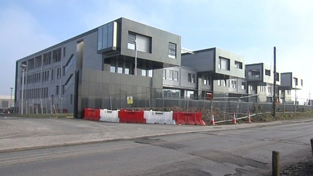 Defence Forces - Plans for new headquarters put on hold