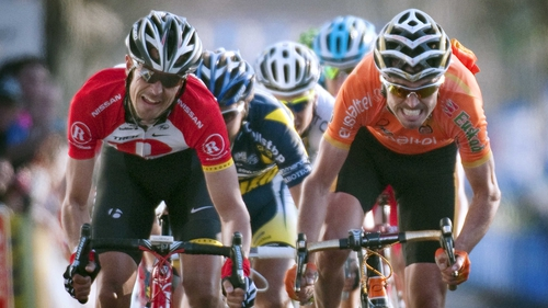 German Andreas Kloden (left) outsprints Spaniard Samuel Sanchez (right) to win stage five of Paris-Nice
