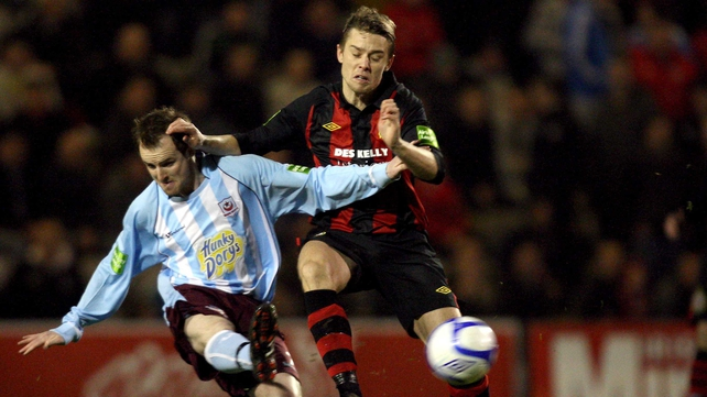 Ger O'Brien of Bohemians (right) and Drogheda United's Mark O'Brien compete for the ball