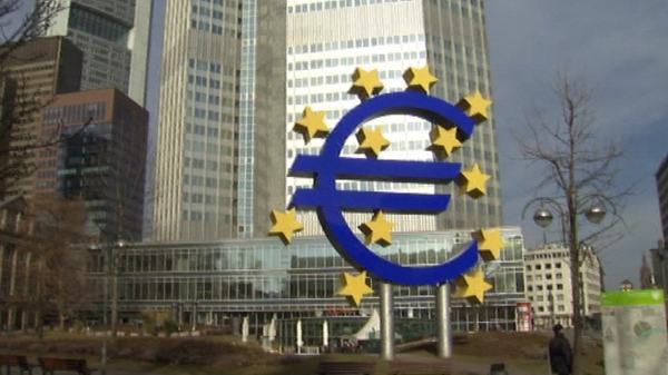 Eurozone banks have deposited a record amount of overnight funds at the European Central Bank