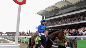 Hurricane Fly & Ruby Walsh will hope to be back in the winners enclosure at Prestbury Park come 3.30 on Tuesday