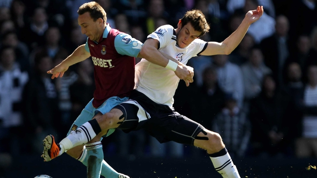 West Ham United battle to a point at White Hart Lane