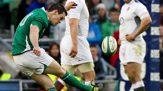 Jonathan Sexton kicked three penalties to put Ireland 9-0 up after 20 minutes