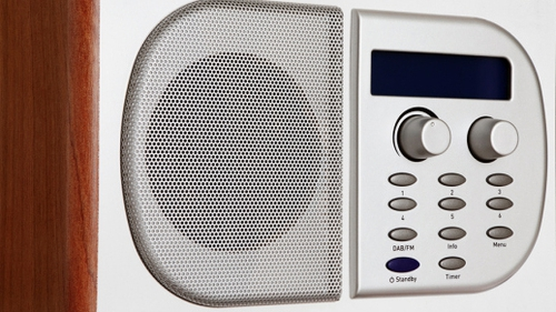 1,854,000  (52%) adults listen to RTÉ Radio every week