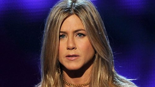 Aniston admits to throwing chair at director