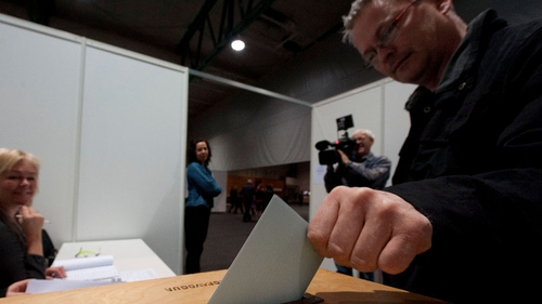 Iceland - Early results show 'no' vote in referendum