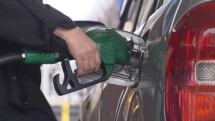 Petrol and oil prices continue to drop