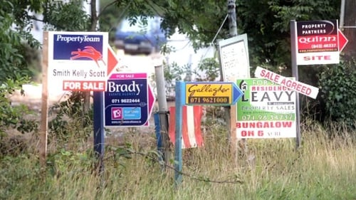 House prices continue to fall across the country