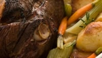 Easy Leg Of Lamb Roast - Lamb is the traditional dish to enjoy on Easter Sunday, why not use these simple tips to make your roast this weekend.