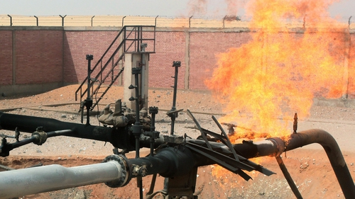 Egypt - Fire after pipeline attacked