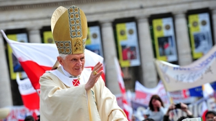 Pope - Accepted resignation of controversial US bishop